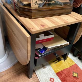 IKEA 折り畳み机の画像