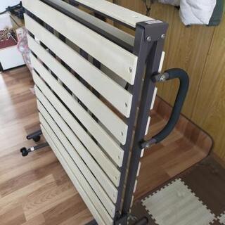 ニトリ折畳みシングルベッド