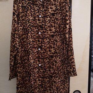豹柄ドレスシャツ