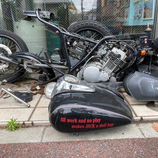 バイクパーツ全部まとめて引き取ってくれる方