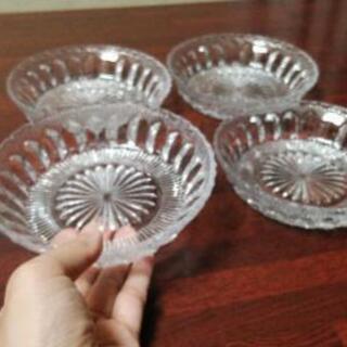 ガラス皿 4枚セット