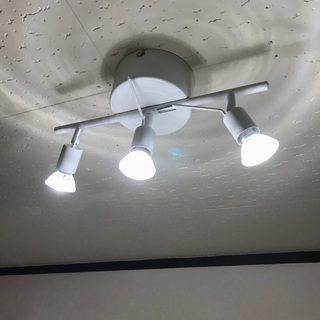 IKEA照明器具と電球 (小さめ)