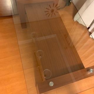 クラスティーナ ソリダス ダイニングテーブル
