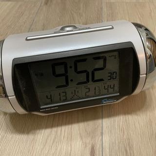 セイコー目覚まし時計 大音量 速攻起きれる時計