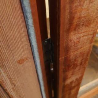お店のドアの建て付けの修理 - 手伝って/助けて