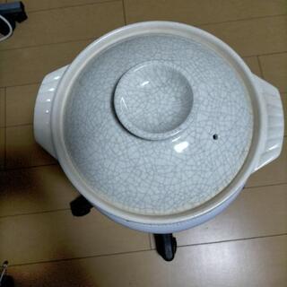 土鍋と両手鍋セットで差し上げますの画像