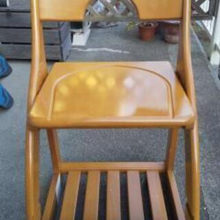 【差し上げます】木製学習椅子 - 藤沢市