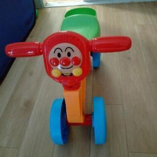 アンパンマンの乗り物