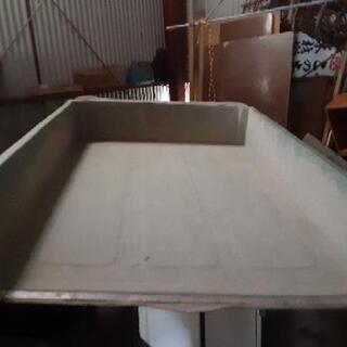 【ネット決済】スバル サンバー(旧型)純正 強化プラスチック製 荷箱