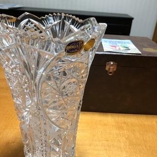 ボヘミアクリスタル 花瓶 未使用品