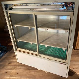 スライド式冷蔵庫