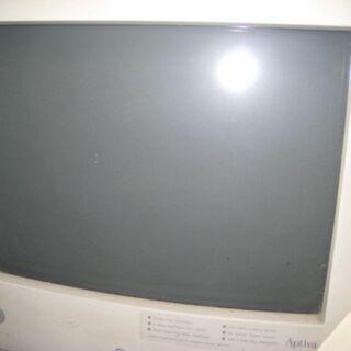 モニタとデスクトップパソコン