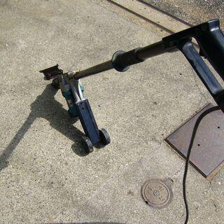 値下げマキタ電動ケレン・スクレーパー動作品HK-1800L - 売ります・あげます