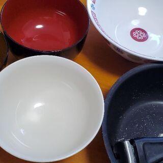 中古食器、鍋?