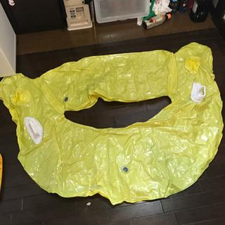 黄色 浮き輪 フロートの画像