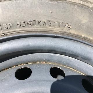ハイエースの中古車に付いていたタイヤホイール