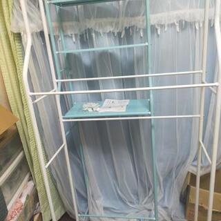 青いのはトイレラック、白いのは洗濯機ラックです - 名古屋市