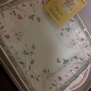【ネット決済】ノリタケ  お皿   未使用  古いナルミの高級プレート
