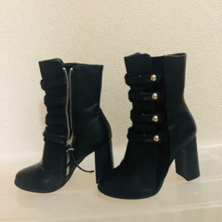 ボタンブラックブーツ - 靴/バッグ