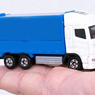 ミニカートラックに貼るシールプリント作成を教えてください。