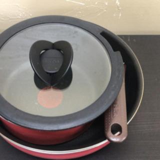 T-fal 取っ手のとれるフライパン、鍋セット