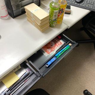 【値下げ】パソコンデスク オフィス家具 美品 − 新潟県