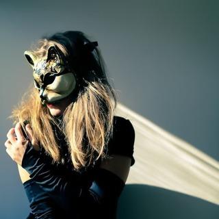 (LGBTQ)女性限定イベント!仮面を付けて、キャンドルの…