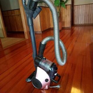TOSHIBAサイクロン掃除機