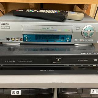 VHSデッキ、VHS DVDダビングデッキ