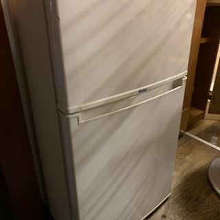 (受け渡し者決定しました)冷蔵庫 冷凍室あり 数日中に処分…