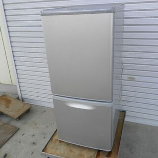 パナソニック2ドア冷凍冷蔵庫 NR-B142W 2010年 持ち...