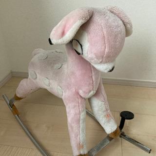 木馬、ロッキングホース、乗れるおもちゃ、乗れるぬいぐるみ