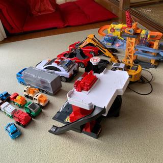 値下げ おもちゃセット ラジコン ミニカー 色々です。