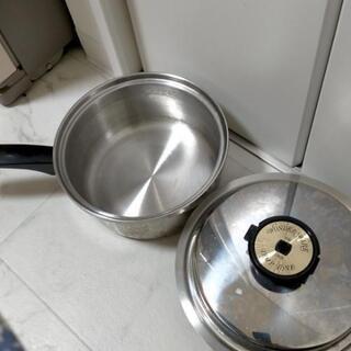 多層無水ステンレス鍋