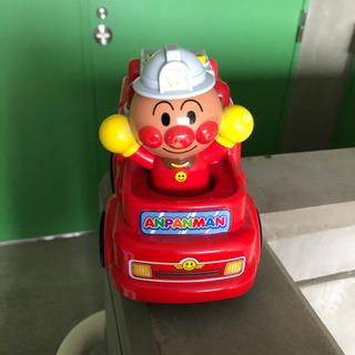 アンパンマン 消防車 おもちゃ