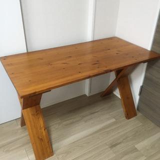 ウッドテーブル