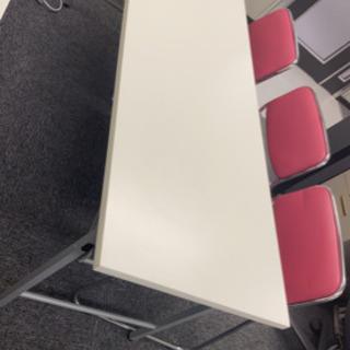 長机 会議テーブル(荷物棚付き)白 8台あります。