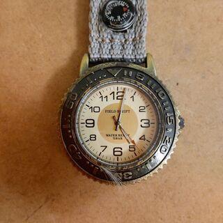 決まりました❗️カラビナ時計:電池を入れれば動きます。