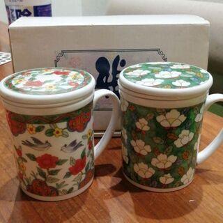 未使用品 蓋付き茶こし付きマグカップ