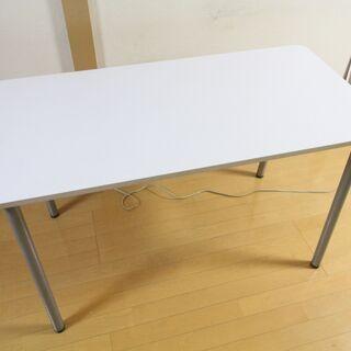 PC・作業テーブル