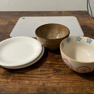 お茶碗&お皿&まな板(まな板は100均のものです)