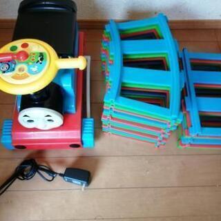 電動乗用 きかんしゃトーマス 乗れるおもちゃ 電動自動車