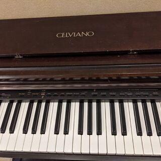 ピアノ Casio Celviano
