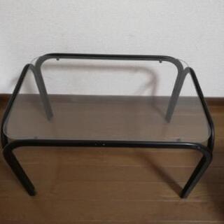 中古品 ガラスのテーブル 無料