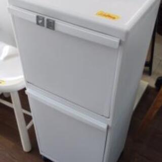 プラスチック製ゴミ箱2段21904