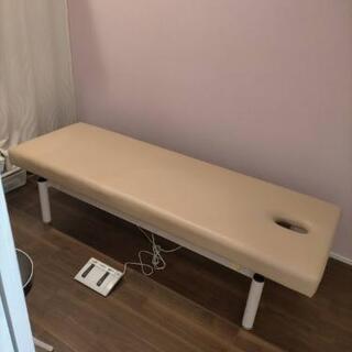 高田ベッド製 電動昇降式マッサージベッド