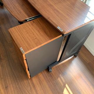 PCデスク 昇降椅子付き 収納ラックキャスター付き − 福岡県