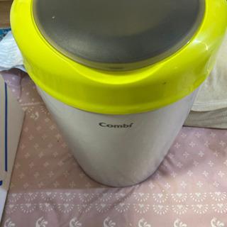 赤ちゃんオムツゴミ箱