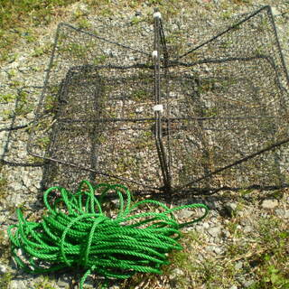 魚カゴ ロープ付き