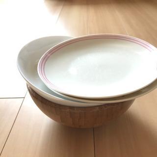お皿とイケア木のボウル4点セット